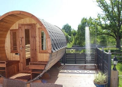 Spa-Veranda Sauna und Außendusche